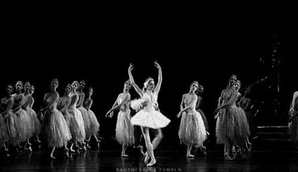 Гифка балет лебединое озеро