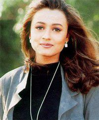 namrata shirodkar haircut