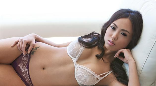 Hottie Of The Week Kitty Lee