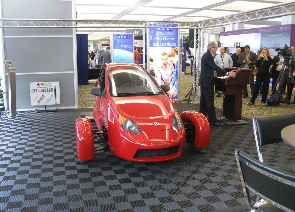 Elio Motors Says It Will Delay Consumer Production Till 2017