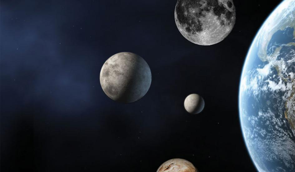 pluto and earth - 732×520