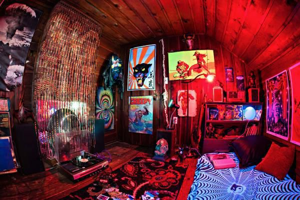 #psychedelic On LockerDome